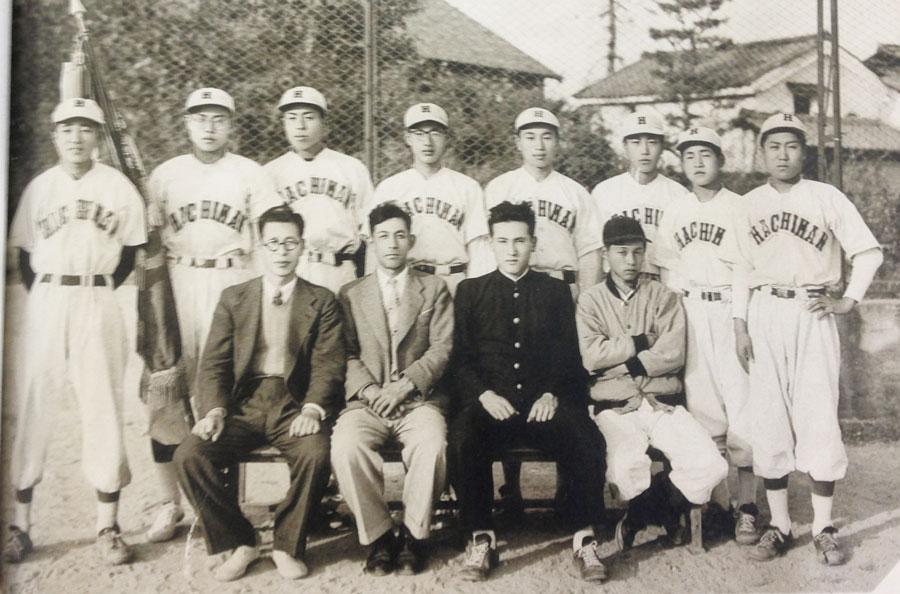 1954年[第74回卒] – 八幡商業高...